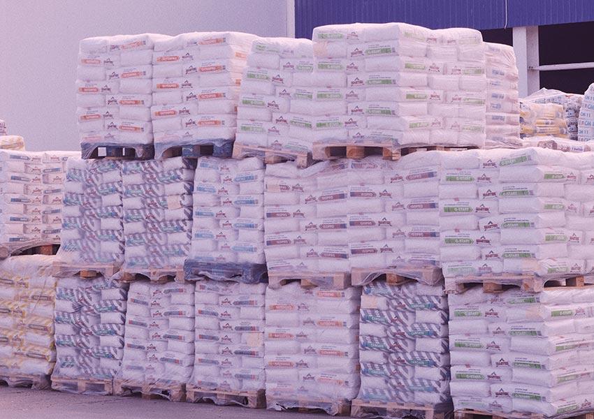 hijs- en hefmiddelen voor het ergonomisch heffen van goederen en lasten zware zakken fabrieksomgeving